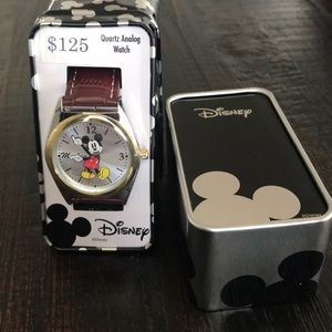 Men's Mickey Mouse analog watch in box
